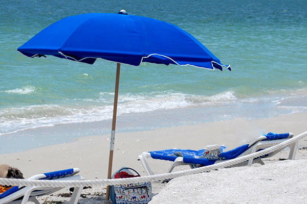 beach umbrella rentals
