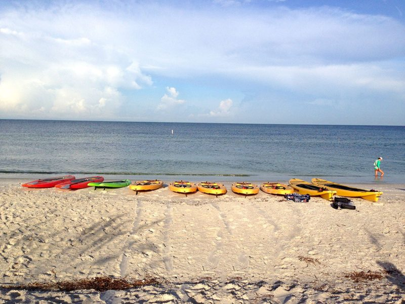 Rent-a-Stand-Up-Paddle-Board-Lovers-Key